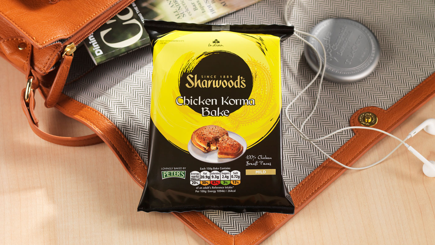 Sharwoods Chicken Korma slice packaging lifestyle photography
